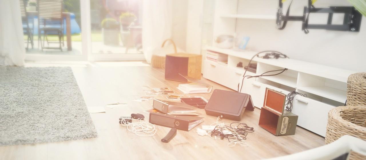Chaos nach Wohnungseinbruch