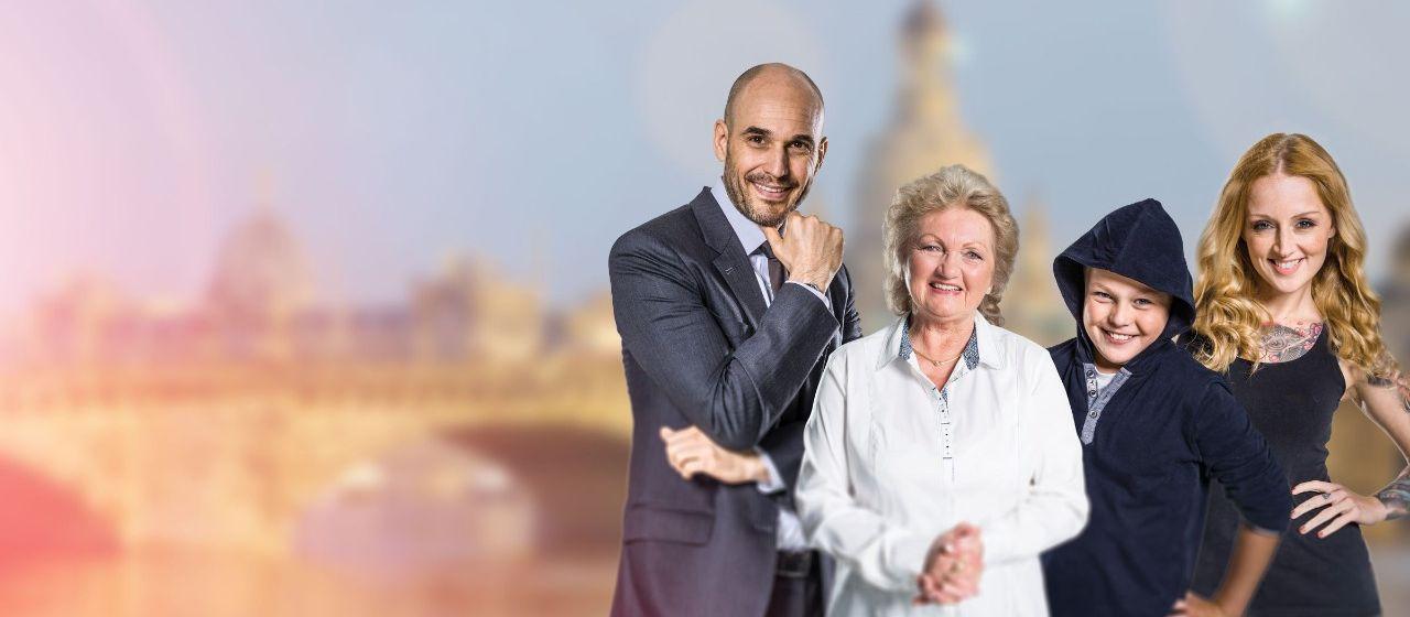 Sparkassen-Familie vor dem Dresden-Panorama